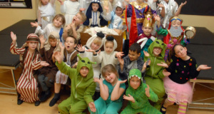Alien-Nativity-William-Stukeley-Primary-School-ftr